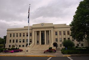 Albany, Oregon - Linn County courthouse in Albany