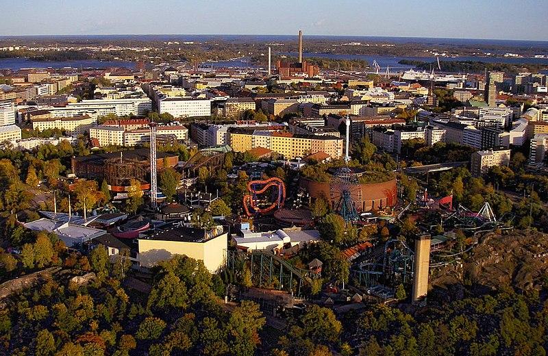 Tiedosto:Linnanmäki from air 2.jpg