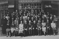 Lister Institute archives; Wykeham studios; group portrait Wellcome L0017178.jpg