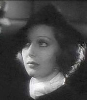 Loretta Young in Employees' Entrance trailer 2.jpg