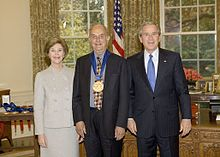 Auchincloss receiving the National Medal of Arts from President Bush (2005)