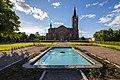 Loviisa Church and fountain.jpg