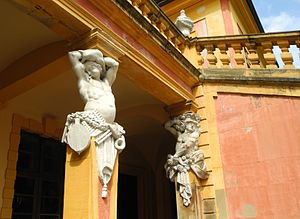 Schloss Favorite, Ludwigsburg - Details of the front