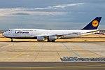 Lufthansa, D-ABYF, Boeing 747-830 (43438557980).jpg