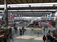 München Hauptbahnhof Bahnhofshalle.jpg