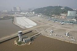 Macau International Airport overview - panoramio - calvinstkm.jpg