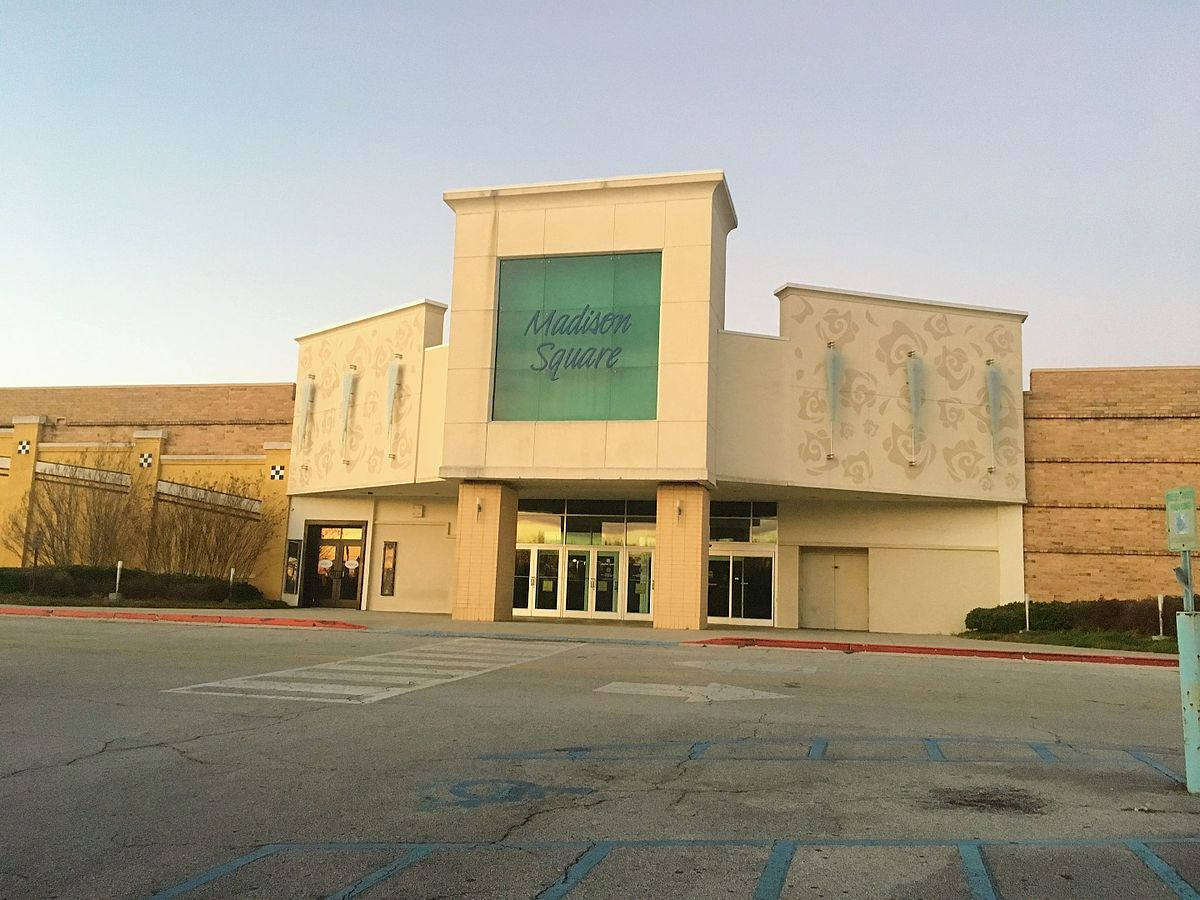 Parkway City Mall Shoe Stores