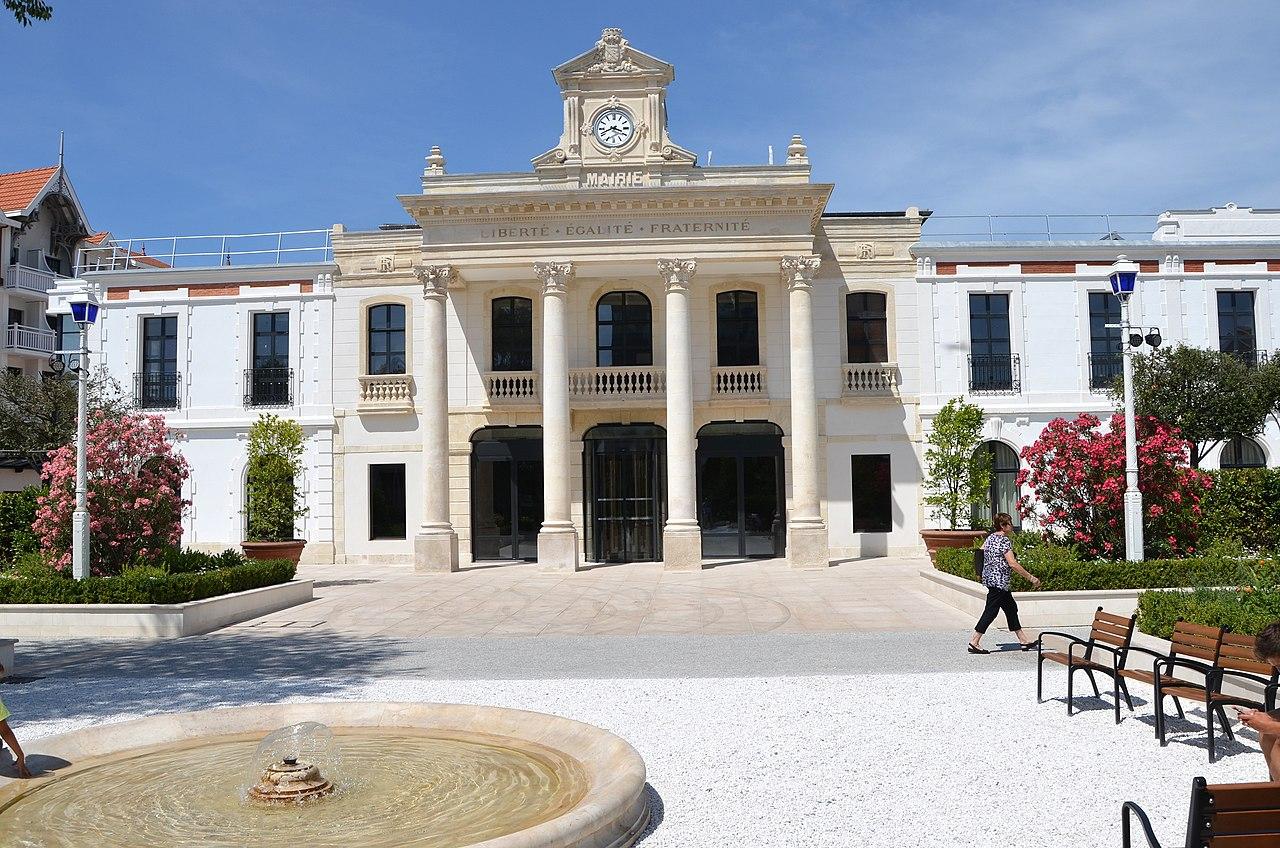 Mairie d Arcachon DSC 0146.JPG