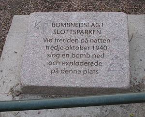 Bombings of Malmö and Lund - Memorial plaque in Slottsparken in Malmö