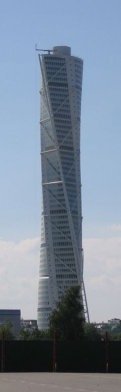 Malmo-TurningTorso2005August15.jpg