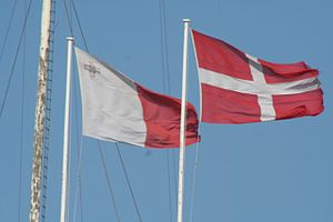 Fort St. Angelo - Flags of Malta and the SMOM on the fort.