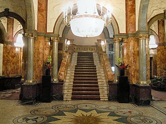The Principal London - Image: Marble Staircase Hotel Russell