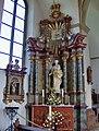 Maria-altaar Sint Franciscus Zwilbroek.jpg