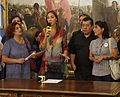 Mauricio Macri recibió a familiares de las víctimas de la tragedia de Once (8528175167).jpg
