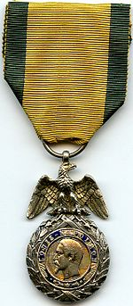 Medaille Militaire 2e Empire France.jpg