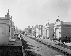 Metairie Cemetery - Metairie Cemetery in the late nineteenth century