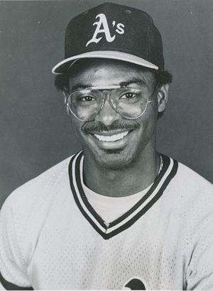 Mike Davis (baseball) - Image: Mike Davis 1986