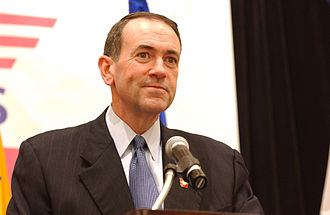 Mike Huckabee 2008 presidential campaign - Mike Huckabee giving a speech in 2004