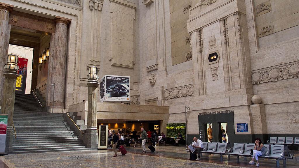 File Milan Centrale Railway Station Salone Jpg