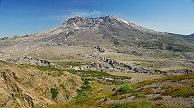 Le mont Saint Helens depuis Johnston Ridge, 31 juillet 2007.