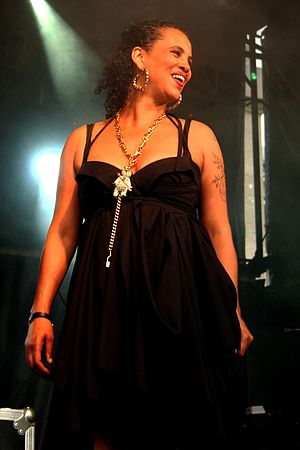 Cockiness (Love It) - Image: Neneh Cherry 2008