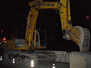 New Holland Construction - Image: New Holland E 305 B 01