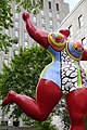 Niki de Saint Phalle, Nana danseuse (Rouge d'Orient-Bloum), 1995 (34711497734).jpg