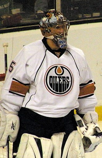 Nikolai Khabibulin - Khabibulin with the Oilers in 2009