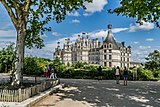 North-west facade of the Castle of Chambord 03.jpg