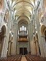 Noyon (60), cathédrale Notre-Dame, nef, vue vers l'ouest 4.jpg