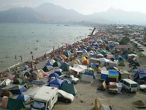 Nudist_beach_in_Koktebel