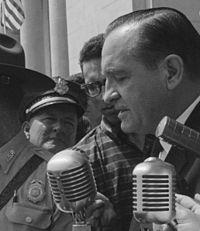 Orval Faubus speaking, 20 August 1959.jpg