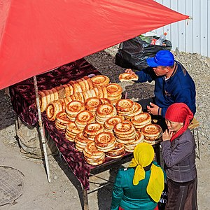 Kyrgyz cuisine - Naan at a market in Osh