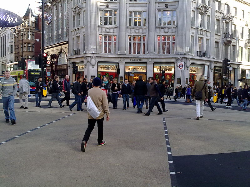 File:Oxford Circus, November 2009.jpg