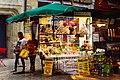 Périgueux place du Coderc vente de spécialités.jpg