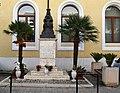 Palazzo Cantisani; Monumento alla Madonna di Viggiano.jpg
