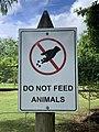 Panneau - ne pas nourrir les animaux (Pamplemousses).jpg