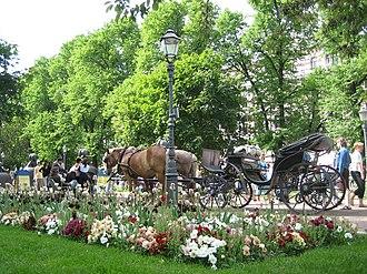 Victoria (carriage) - Image: Park Of Esplanadi By Pollo