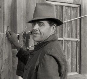 taille Pat Flaherty (acteur)