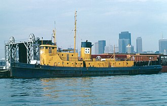 Santa Fe Railroad Tugboats - The Paul P. Hastings tugboat in China Basin, San Francisco in 1982. At this time she was the last of the Santa Fe Railroad tugs still in service