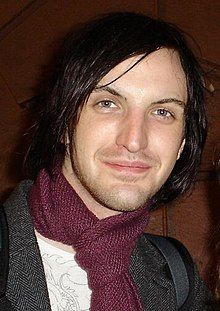 Paul Wilson of Snow Patrol (Oslo, 2006).jpg
