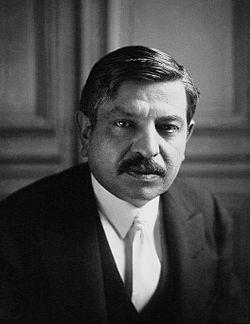 Pierre Laval a Meurisse 1931.jpg