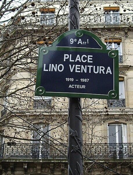 Lieux portant le nom de Lino Ventura ou de ses films 458px-Place_Lino-Ventura,_Paris_9