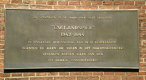 Englandspiel - A plaque regarding the Englandspiel on the Binnenhof in The Hague