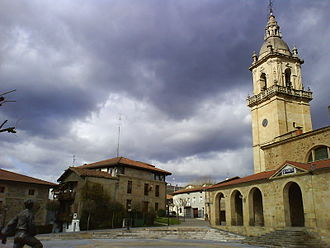 Iurreta - Saint Michael's church and plaza, Iurreta