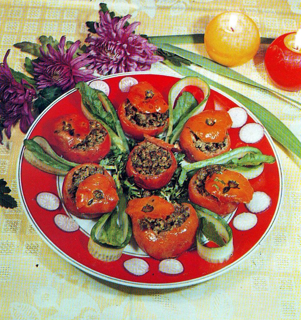 File:Pomidor dolması Azerbaijani cuisine.jpg - Wikimedia Commons