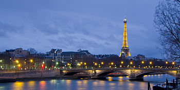 Pont des Invalides et Tour Eiffel - 01.jpg
