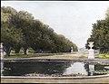 Pool at Hampton Court Palace, England (5139858605).jpg