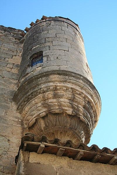 Poussan (Hérault) - échauguette (sud) du château de Montlaur.