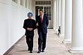 President Barack Obama walking with Prime Minister Manmohan Singh 2009-11-24.jpg